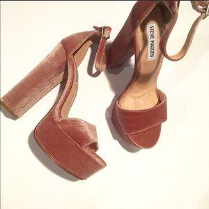 Steve Madden Gonzo Blush Velvet Platform Heels